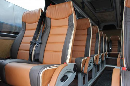 19 Seater (1)
