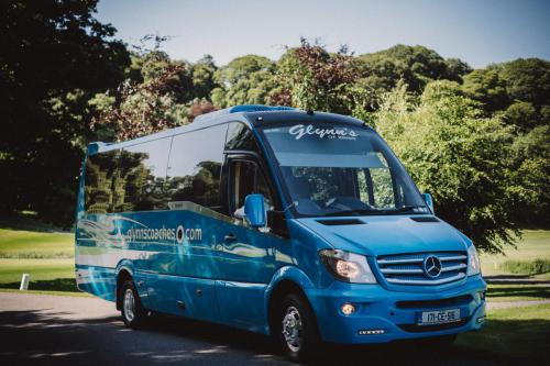 19 Seater (2)